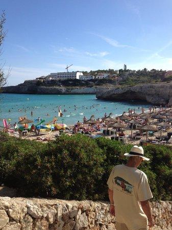 Club Cala Romani: The beach very busy!