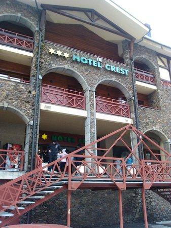 Hotel Crest: Fachada del hotel
