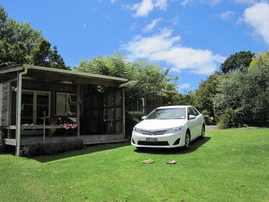 Mercury Orchard Accommodation: Paua Bach