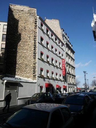 Hotel Prince Monceau: View from outside