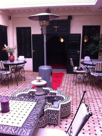 Riad Palais Delia : patio