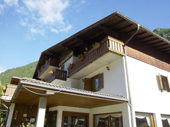 Bucaneve Hotel: Situato nella natura