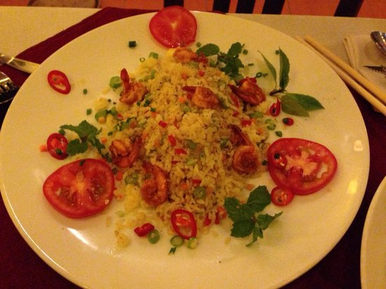 Red Dragon Restaurant & Cooking classes: Fried rice with shrimps
