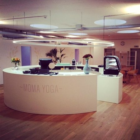 MOMA Yoga