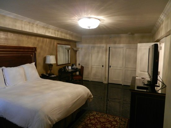 Hotel Mazarin: Room 515