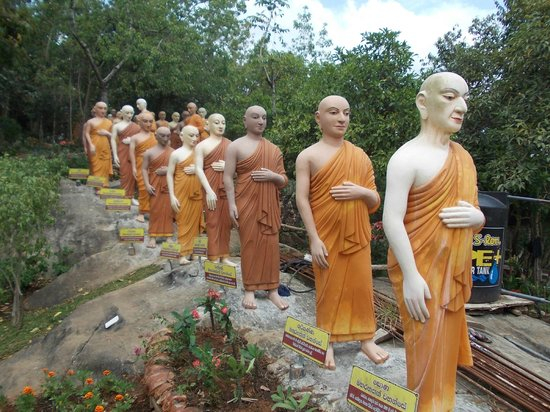 Prominent Buddhist Teachers over the ages sculpted in Stone ...
