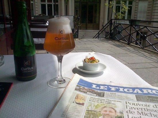 Chez Lena et Mimile : La Curtius - a delightful change from cheap white wine