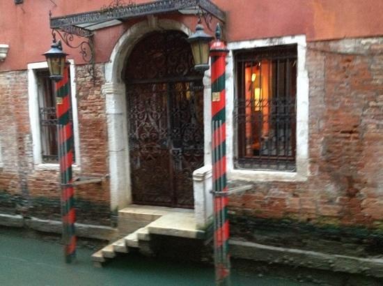 Hotel Saturnia & International: back door of Hotel