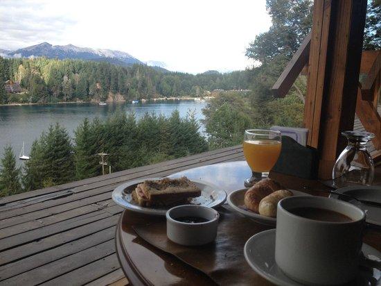 Marinas Alto Manzano : Desayunando
