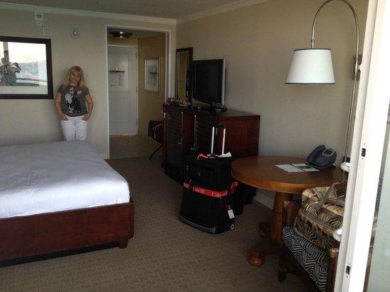 Melia Nassau Beach - All Inclusive: Bedroom w King Size Bed