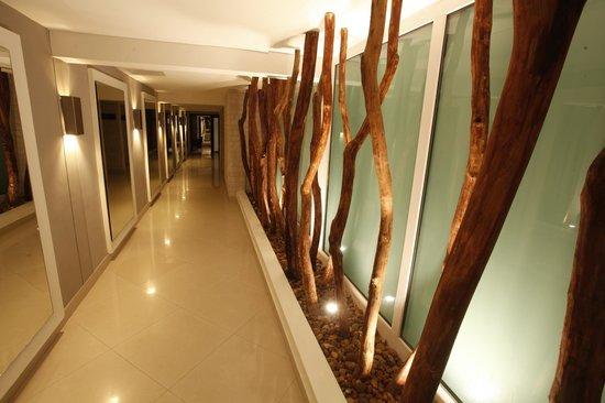 Allure Bonbon: Hall de Habitaciones