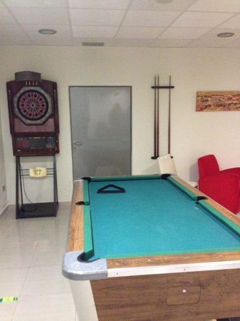 Hotel Spa Torre Pacheco: 1970s playroom bonanza