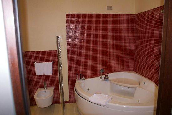 salle de bain picture of la griffe roma mgallery by sofitel