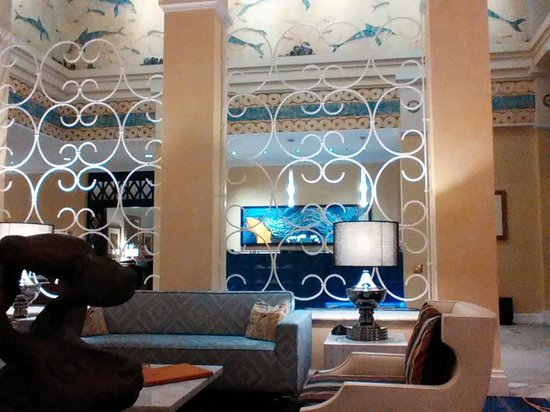 Hotel Monaco Seattle - a Kimpton Hotel : lobby