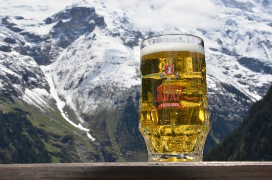 Pension Gimmelwald: Great beer, even better view!