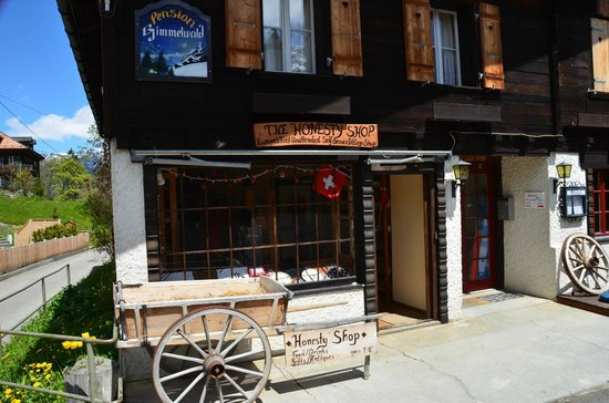 """Pension Gimmelwald and the """"honesty shop""""!"""