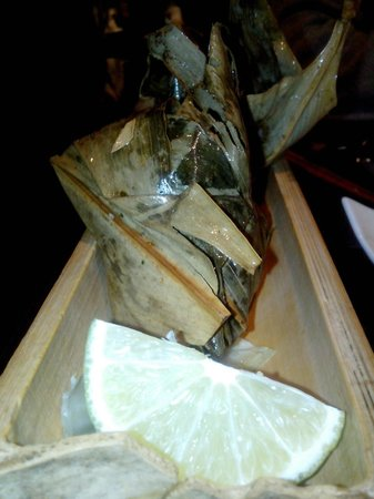Restaurant Mekong : fagottini di pollo in foglia di banano e lime