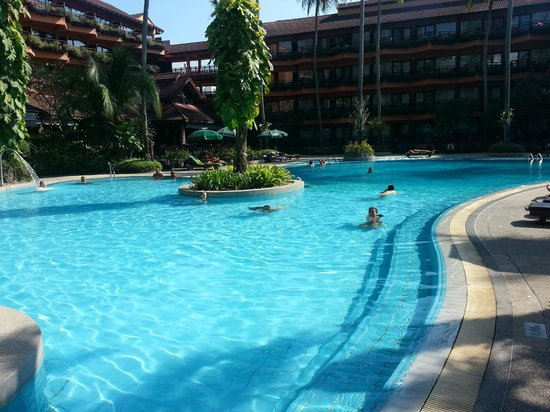 Patong Merlin Hotel : One of the pools
