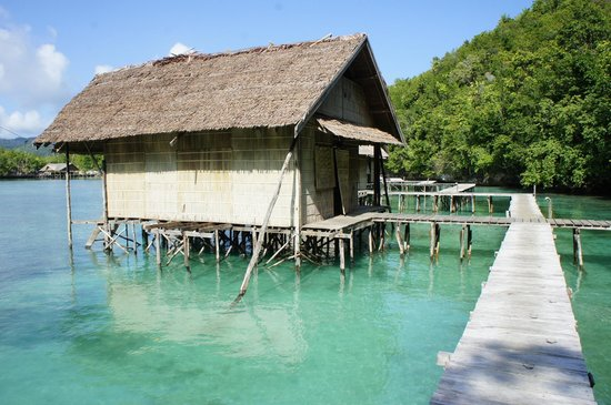 Raja Ampat Doberai Eco Resort: Bungalow
