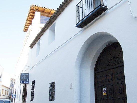 La Casa de la Torrecilla: Fachada entrada Cervantes