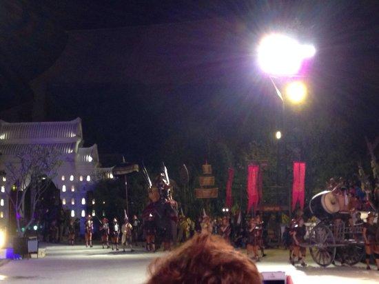 Siam Niramit Phuket: Some mini performance before the main show