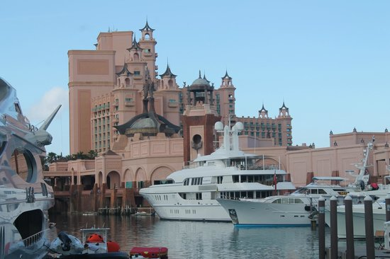 Atlantis, Royal Towers, Autograph Collection: Marina do hotel.