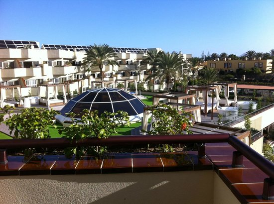 Barcelo Corralejo Bay : pool view 2