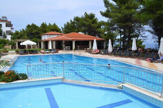 Nostos Hotel: The pool