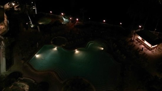 Sanibel Harbour Marriott Resort & Spa: night shot of pool from room on 8th floor