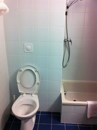Hotel Aurena : Salle d'eau
