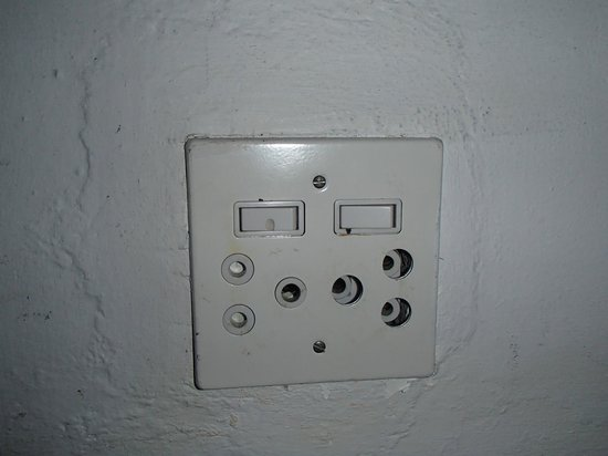 Villa Stella Maris: faulty outlet