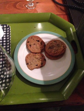 Farmer's Daughter Hotel: Free cookies at night!