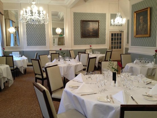 The Shelleys: Calm and relaxing dining room