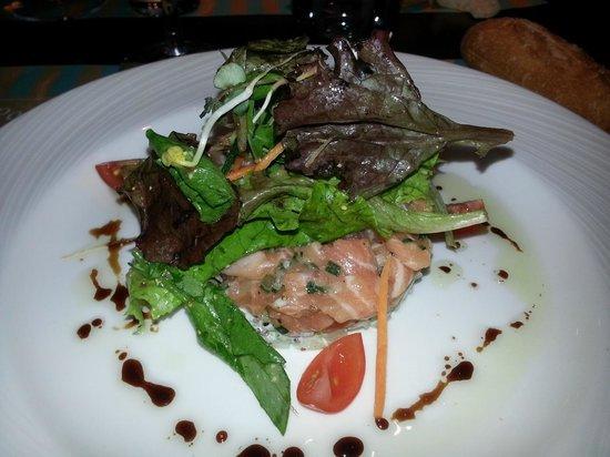 Le Ponton : tartare de saumon