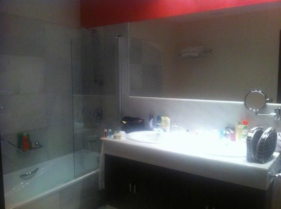 Sercotel Hotel Pintor el Greco: Baño