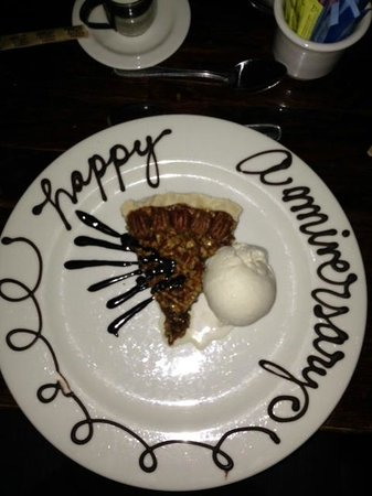 Rick's Chophouse: Whiskey Pecan Pie and Henry's Ice Cream - Delish!