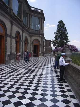 Château de Chapultepec : One of the balconies