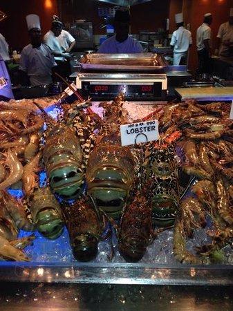 Cinnamon Grand Colombo : lagoon lobster