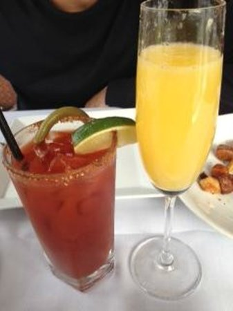 The Fish House In Stanley Park : caeser & mimosa