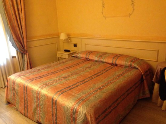 Hotel San Luca: Double room