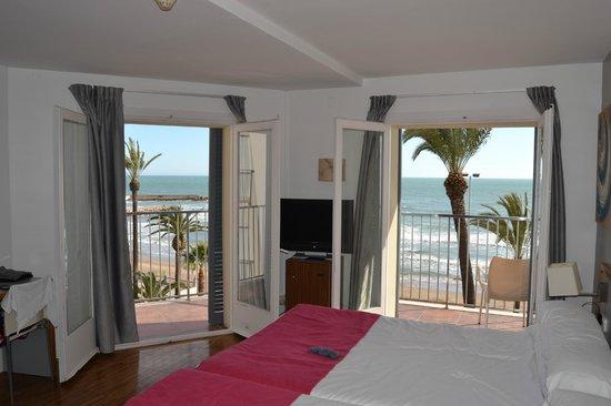 Hotel Subur: dos camas dobles