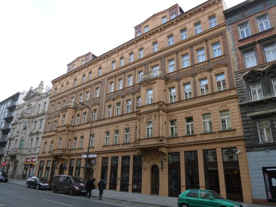 Au enansicht picture of sheraton prague charles square for Charles hotel prague