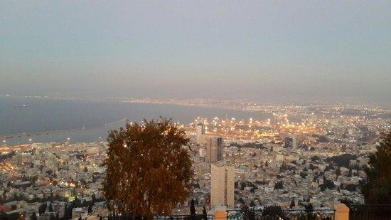 Haifa Port: Хайфа . Панорама