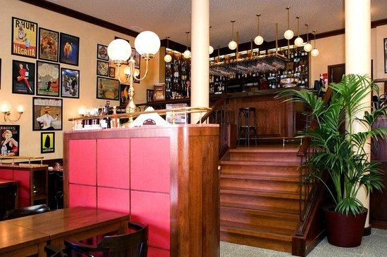 Tribeca Restaurante - Brasserie: O bar