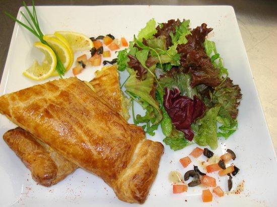 Tribeca Restaurante - Brasserie: Strudel de bacalhau