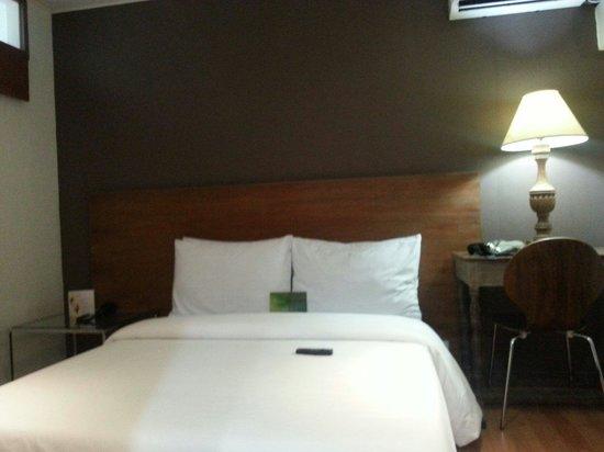 Hotel Durban: Room 308 @ the Durban