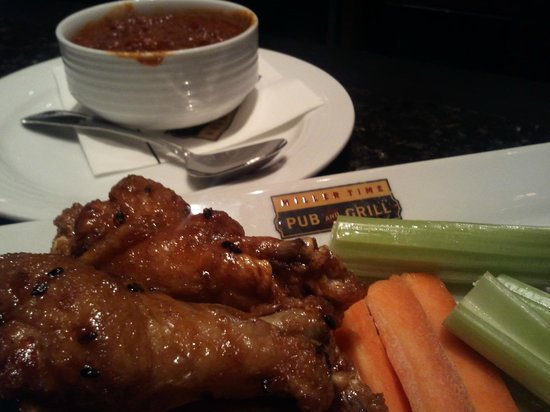 Miller Time Pub & Grill: Chili And Spicy Asian Wings