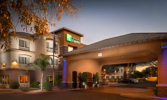 ‪Holiday Inn Express & Suites Phoenix Tempe University‬