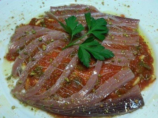 El Bolon Verde Restaurante : Pistacho con ventees a de atún