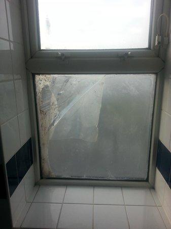 Grand Metropole Hotel : Fenêtre